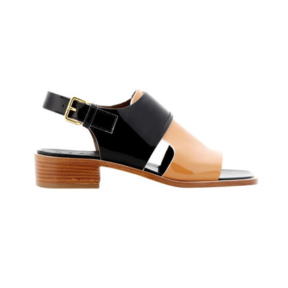 Mani Patent leather sandal