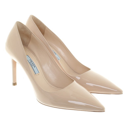 Prada Patent leather pumps in beige