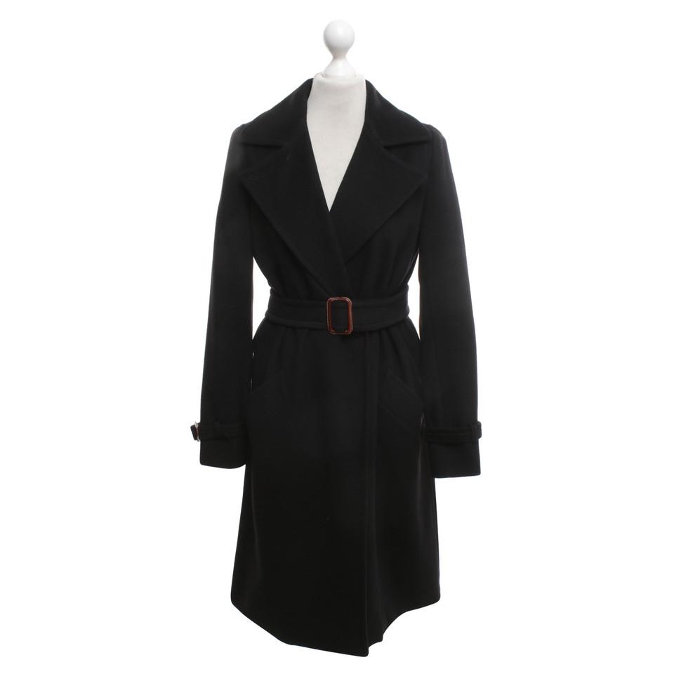 max mara manteau en noir acheter max mara manteau en noir second hand d 39 occasion pour 180 00. Black Bedroom Furniture Sets. Home Design Ideas