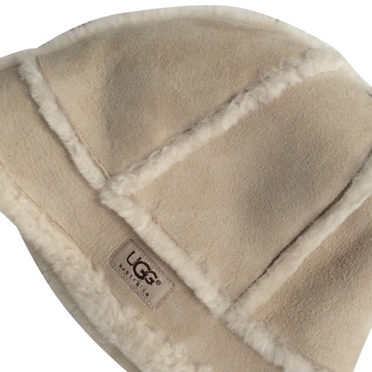 UGG Australia Sheepskin white hat
