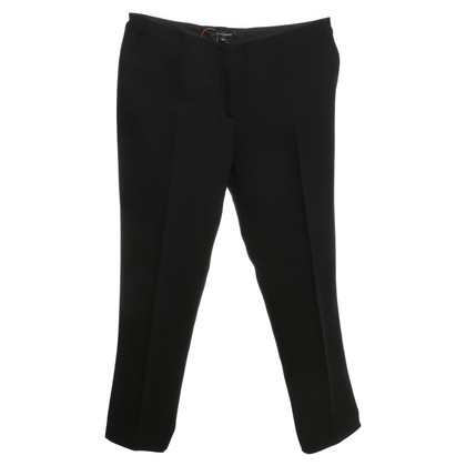 Tara Jarmon trousers in black