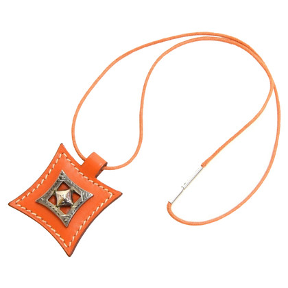 Hermès Necklace in oranje