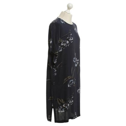 Ganni vestito oversize con stampa floreale