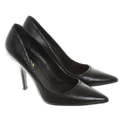 Prada pumps in black