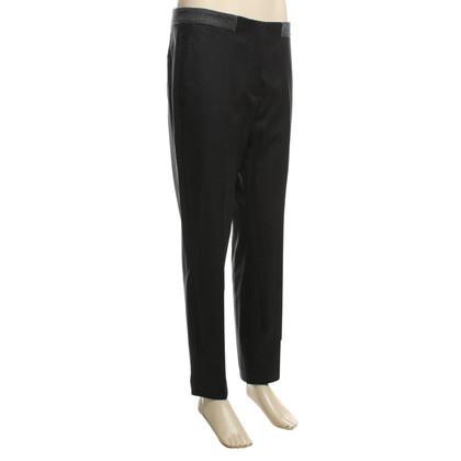 Brunello Cucinelli Pantalon de costume en gris