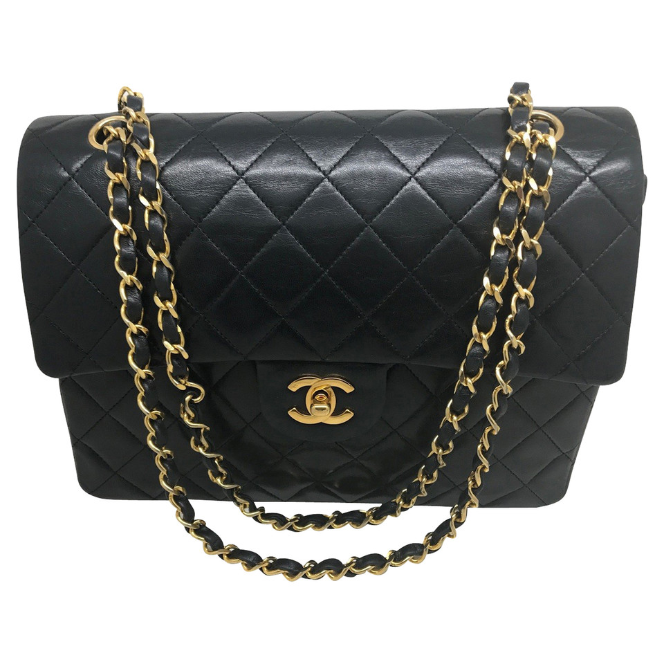 chanel classic flap bag buy second hand chanel classic flap bag for 3. Black Bedroom Furniture Sets. Home Design Ideas