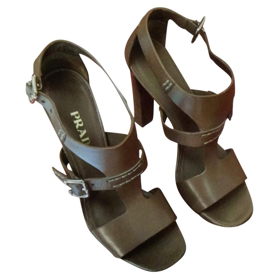 prada sandaletten second hand prada sandaletten gebraucht kaufen f r 200 00 2502358. Black Bedroom Furniture Sets. Home Design Ideas