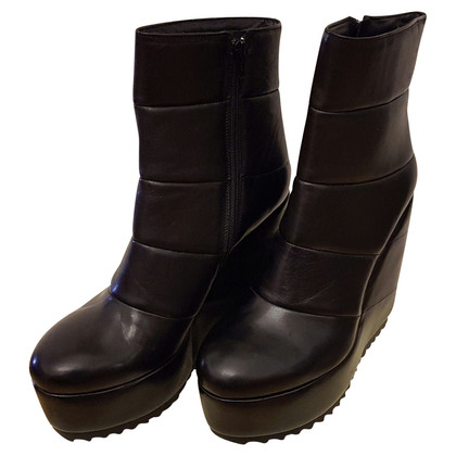 Other Designer Vic - boots with platform