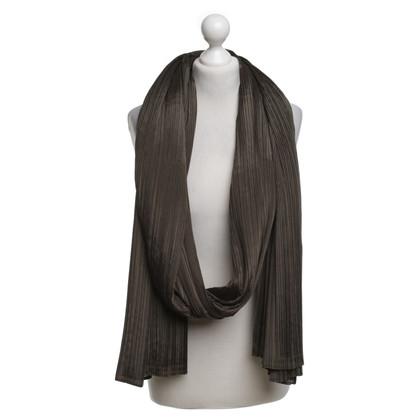 Issey Miyake Buis sjaal in Olive