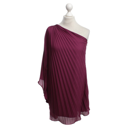Halston Heritage Pleated dress in fuchsia