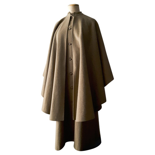 decd55fa8856f Yves Saint Laurent Giacca Cappotto in Lana in Ocra - Second hand ...