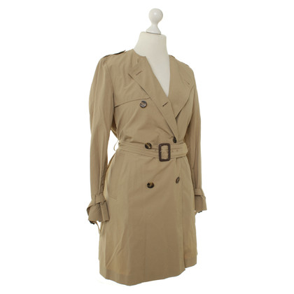 Moncler Trench coat in beige