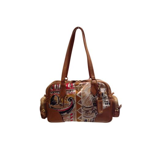 Prada Brown nylon bag with leather - Second Hand Prada Brown nylon ... f66e589ea13b5