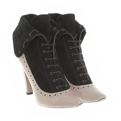 Marc by Marc Jacobs Ankle boots with lace pattern