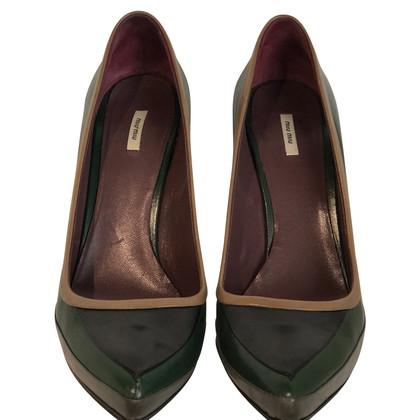 Miu Miu pumps made of leather