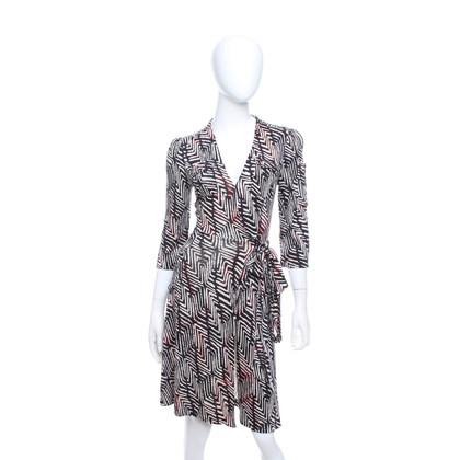Diane von Furstenberg Wickelkleid mit grafischem Print