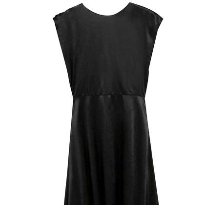 Victoria Beckham Maxi dress in black