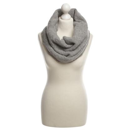 Allude Cashmere scarf