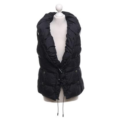 Karen Millen Vest in black