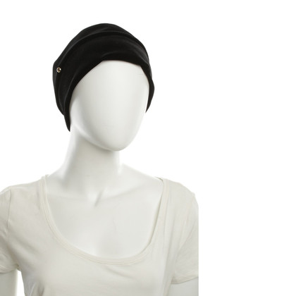 Armani Black Hat van fluweel