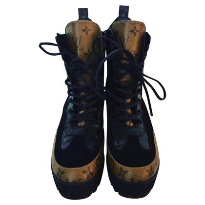 Louis Vuitton bottes à lacets