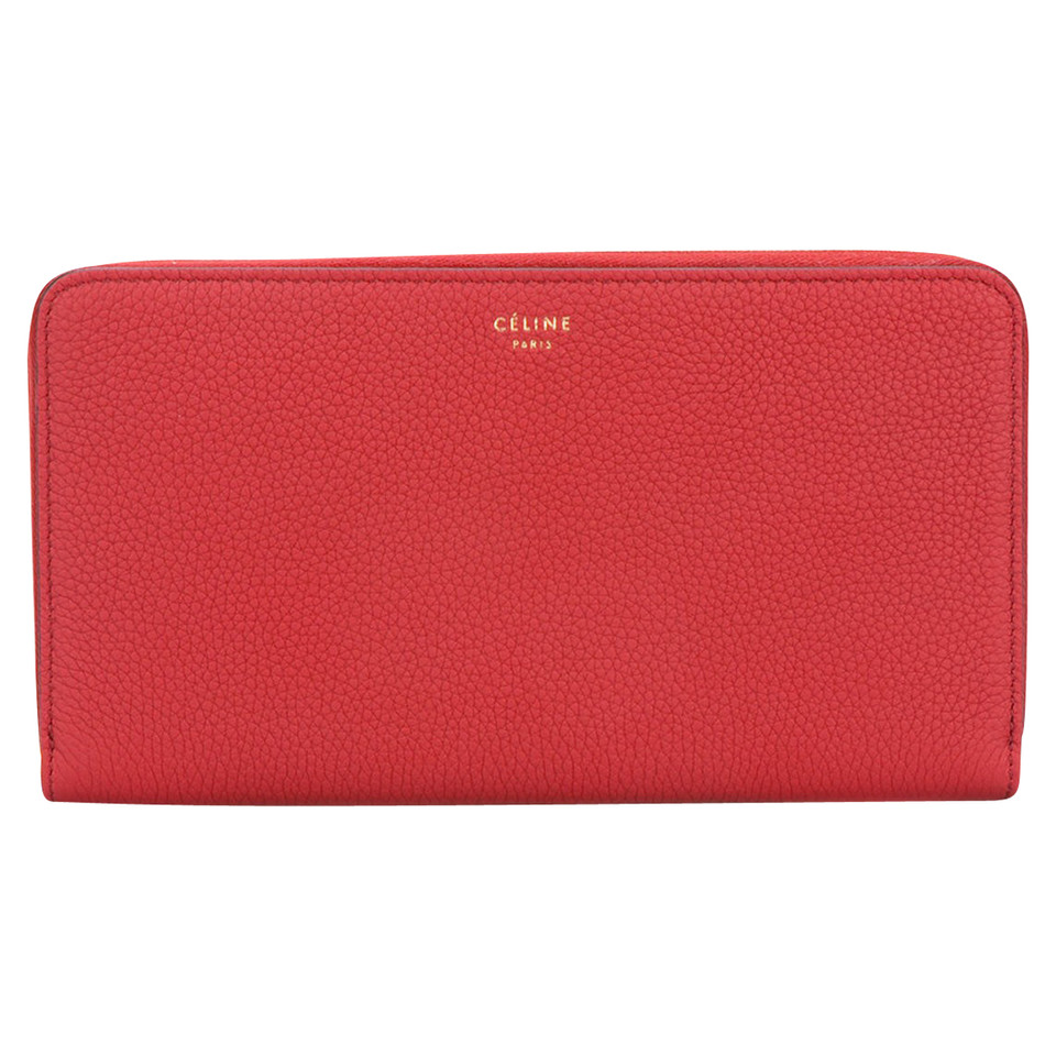 Céline Wallet in red