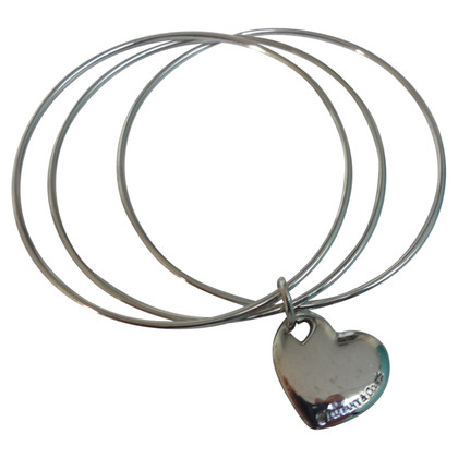 Tiffany & Co. 3-piece bangle with pendant