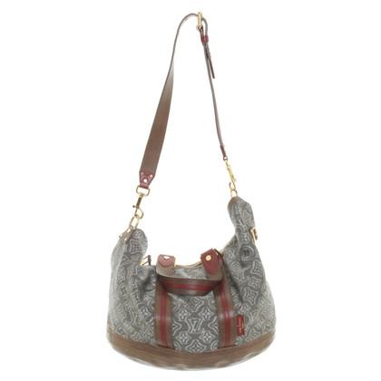 Louis Vuitton Shoulder bag with monogram pattern