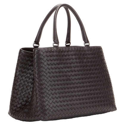 Bottega Veneta Handbag with Intrecciato braid pattern