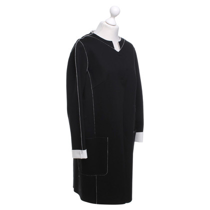 Laurèl Coat in black and white