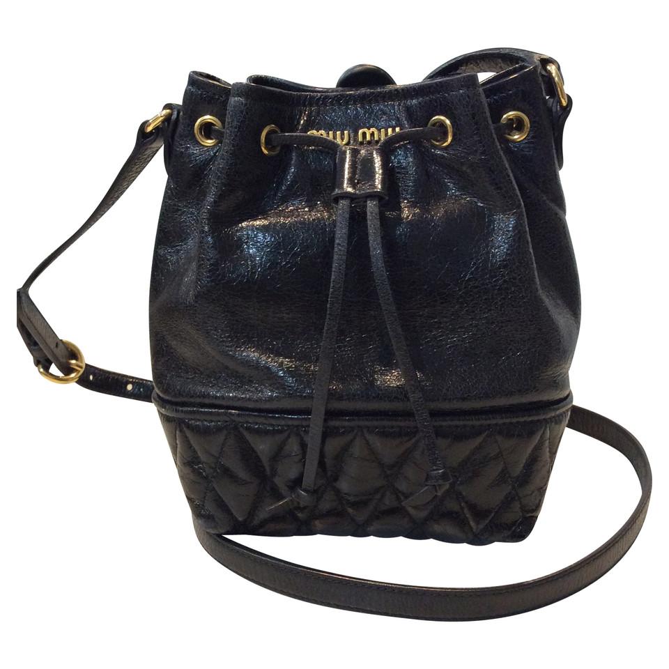 miu miu handtasche second hand miu miu handtasche gebraucht kaufen f r 389 00 2466275. Black Bedroom Furniture Sets. Home Design Ideas