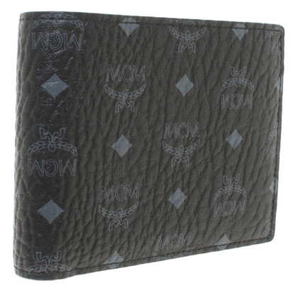 MCM '' Claus M-F8 Wallet + Extra Flap ''