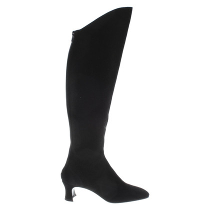 Yves Saint Laurent Boots in black