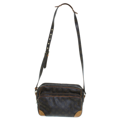 Louis Vuitton Shoulder bag made of monogram of canvas