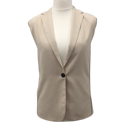 Brunello Cucinelli Sleeveless silk jacket