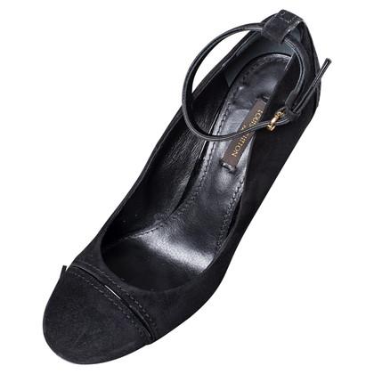 Louis Vuitton shoe with heel