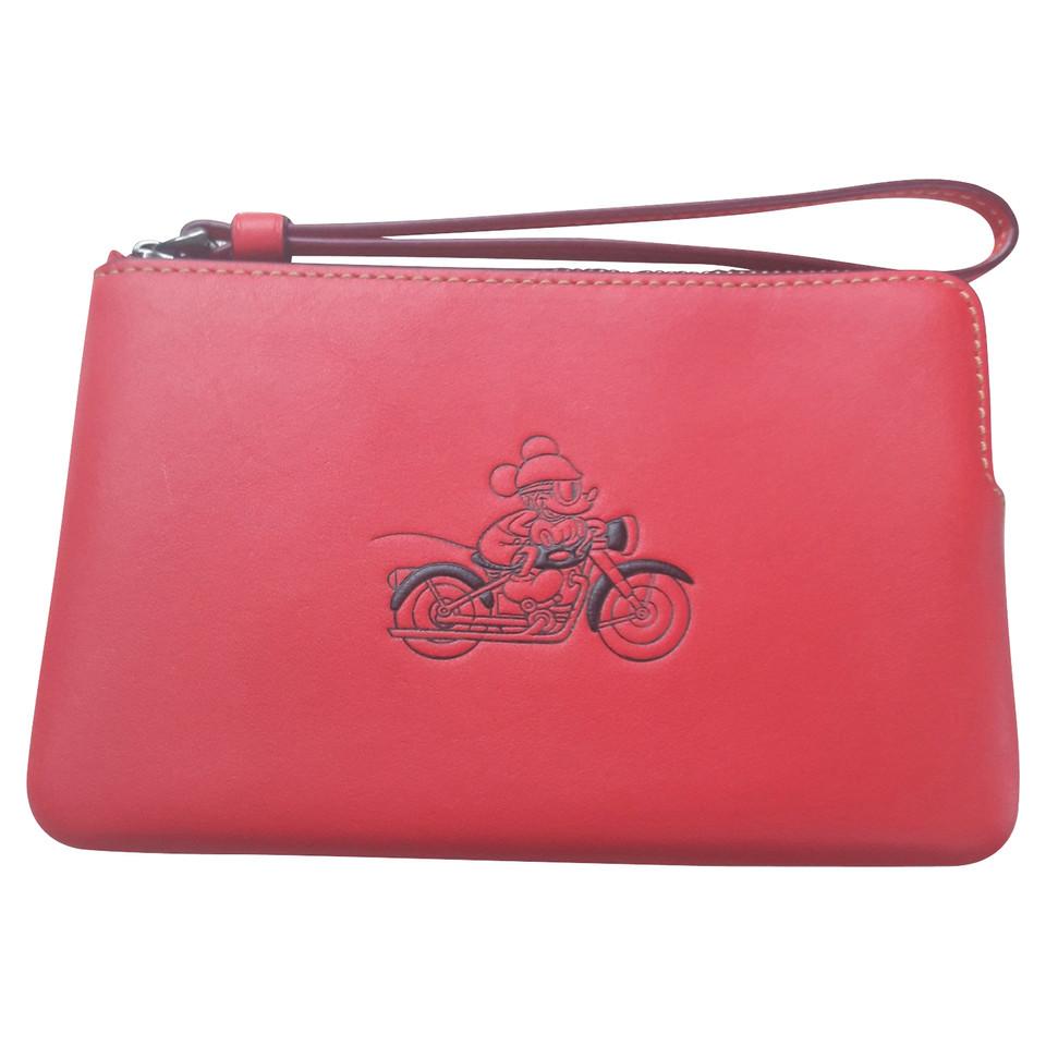 Coach clutch in red