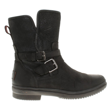 Ugg Leather boots in black
