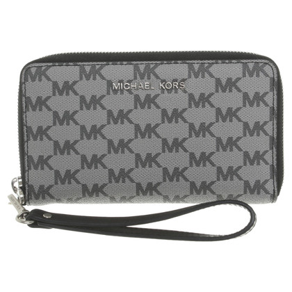 Michael Kors Wallet with monogram pattern