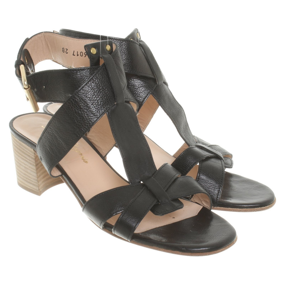 robert clergerie sandales en noir acheter robert clergerie sandales en noir second hand d. Black Bedroom Furniture Sets. Home Design Ideas