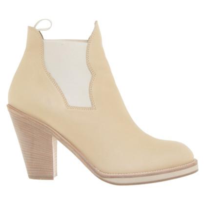 Acne Laarzen in beige