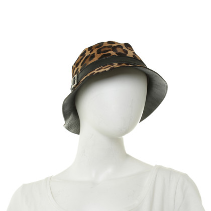 Tod's Hat with Leo pattern