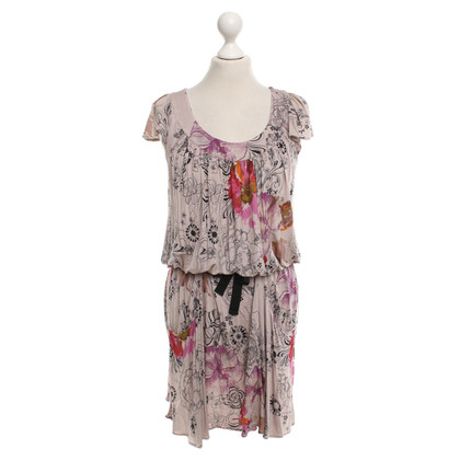Max & Co Dress with a floral pattern