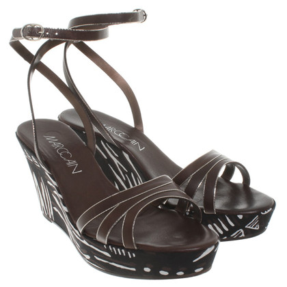 Marc Cain Wedge sandalen met patroon