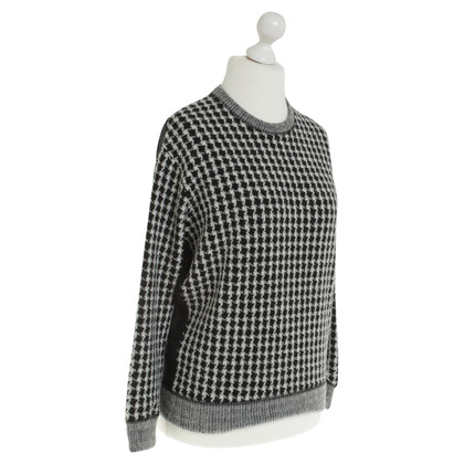 Sandro Sweater in black and white