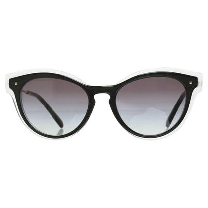 Valentino Sunglasses in black