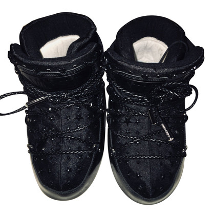 Jimmy Choo moonboots