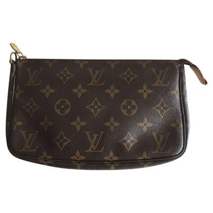 Louis Vuitton Pochette Accessories NM