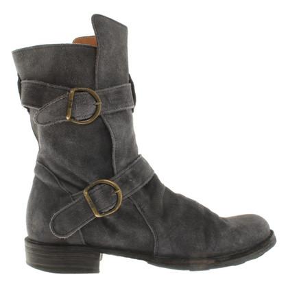 Fiorentini & Baker Wildleder-Boots in Grau