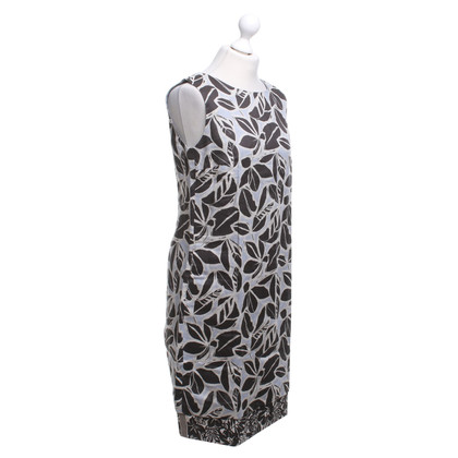 Max Mara Dress with a floral pattern